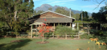 Barney-Creek-Vineyard-Cottages-Mt-Barney-National-Park.png